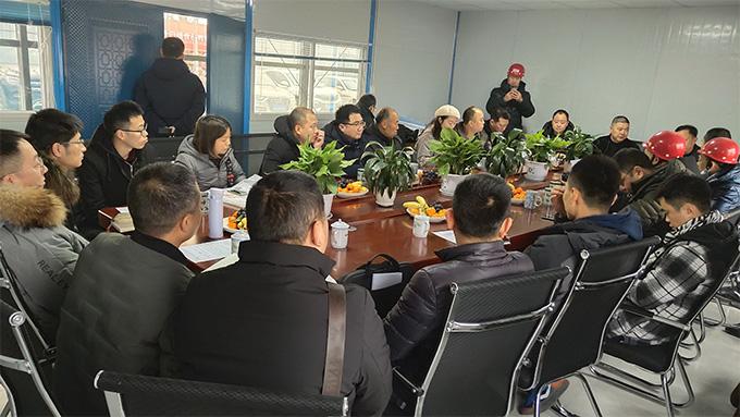 德阳某休闲食品项目与施工方进行技术交底洽谈
